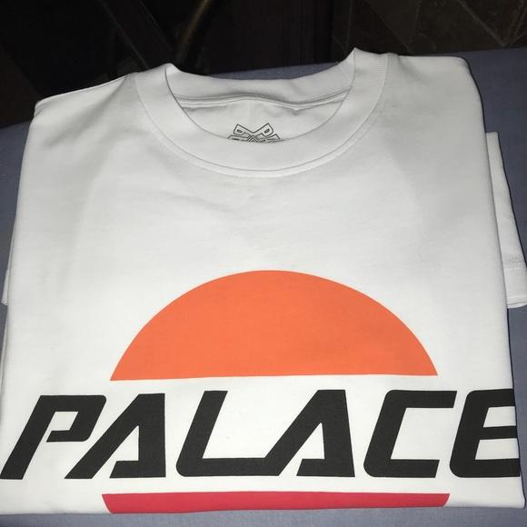 1b34f35241ae PALACE Sunrise Logo T-Shirt (never worn)